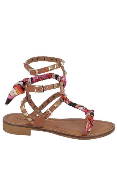 Sandale avec clous et foulard Marron